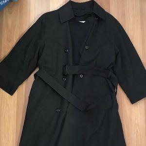 Women's London Fog Black Rain/Trench coat Sz. 6 PT